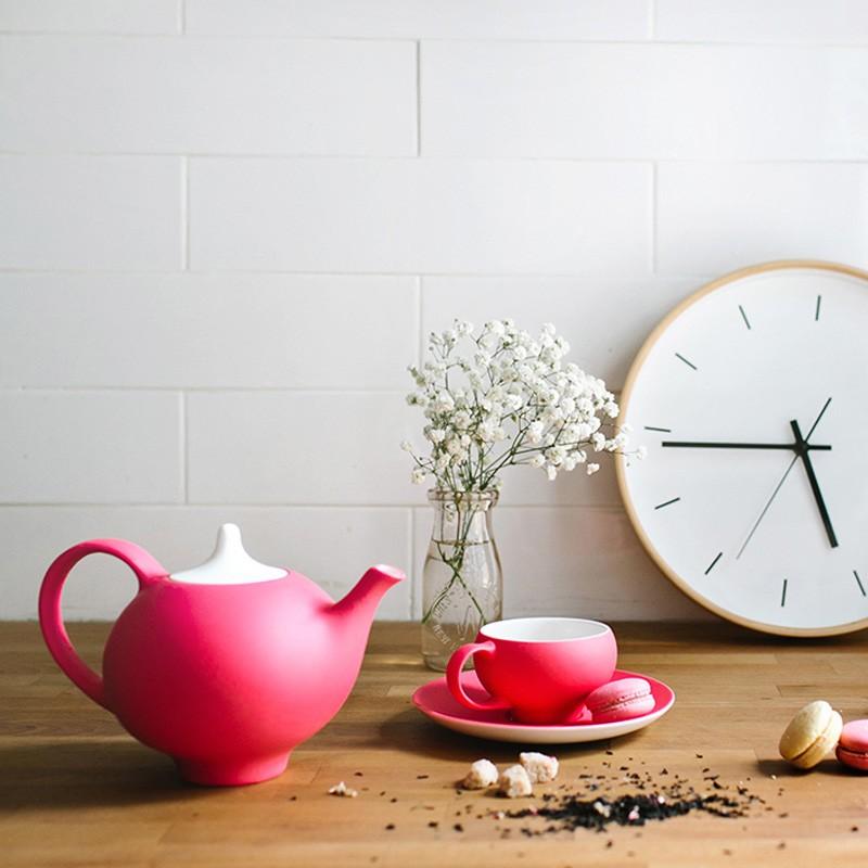 Kaya Teapot with Infuser