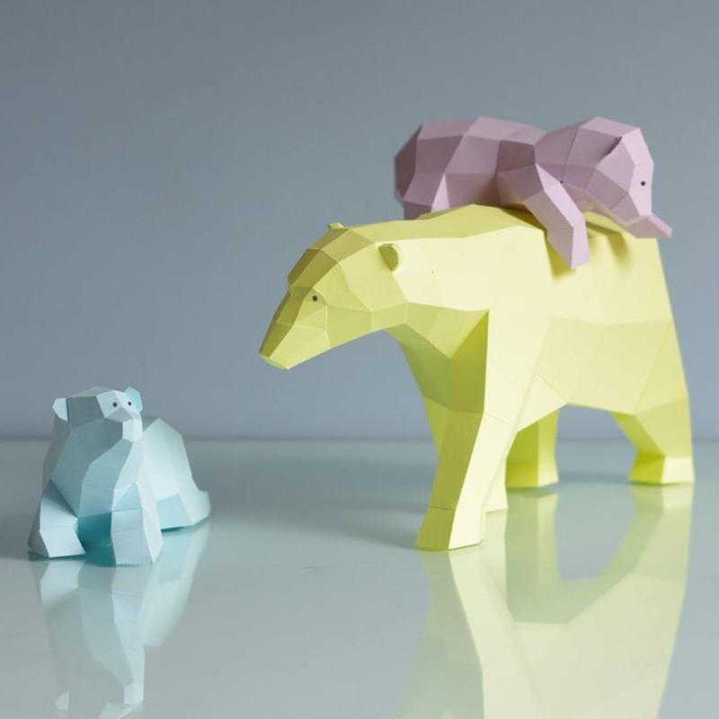Paperwolf Polar Bear Family Papercraft Kit, Set with 3 bears