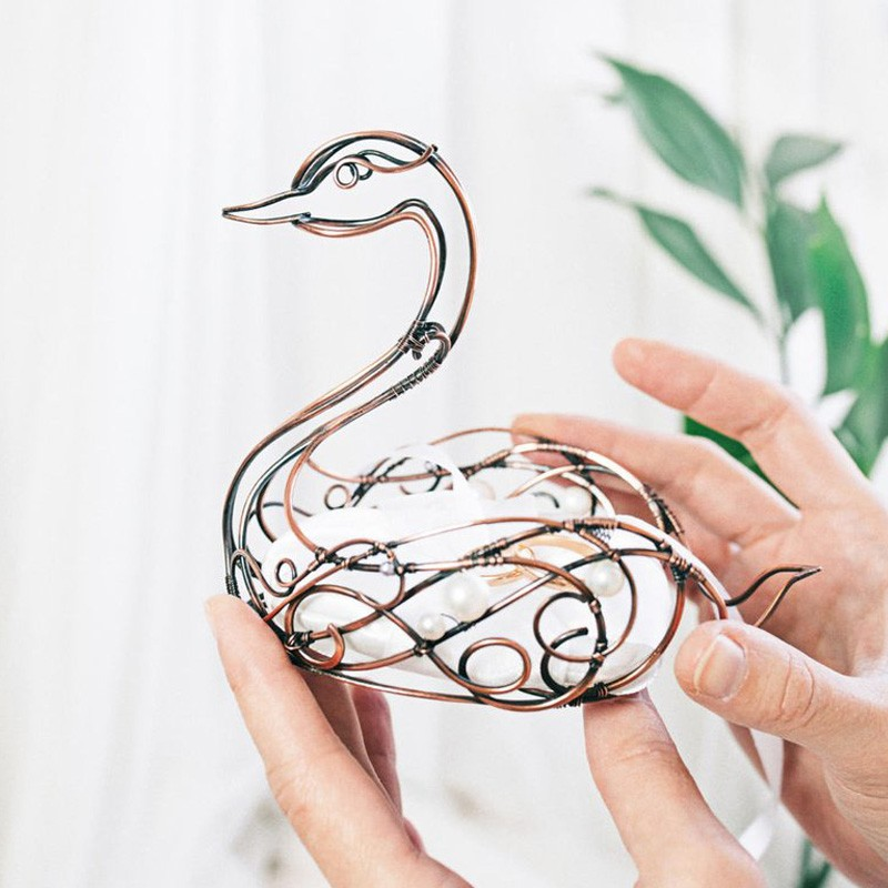 Wire Wrapped Swan Shaped Wedding Ring Holder