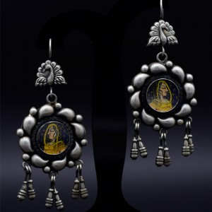 Handmade traditional painting earrings