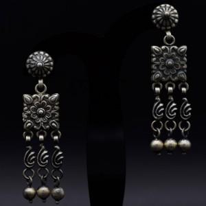 Handmade traditional chokar earrings